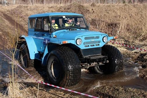 В ФСК ЕЭС состоялись Межрегиональных соревнования профессионального мастерства механиков и водителей