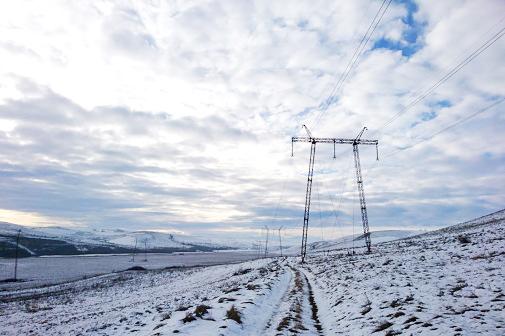 ФСК ЕЭС проводит плавки гололеда на линиях электропередачи южного региона