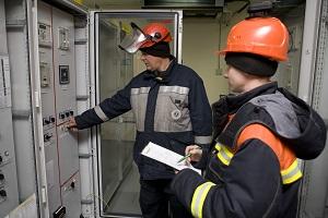 ФСК протестирует новое оборудование релейной защиты ЛЭП с применением оптического канала связи