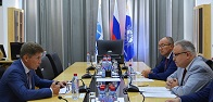 FGC UES' CEO Andrey Murov meets with Governor of Sakhalin Region Oleg Kozhemyako